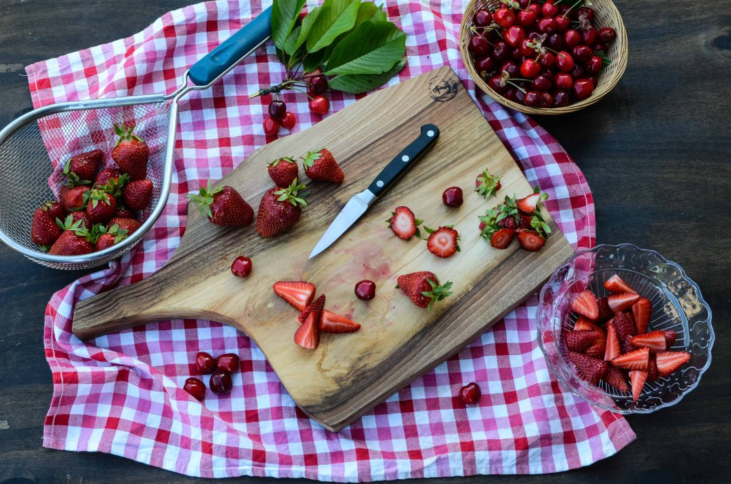 square board with strawberries & cherries-1